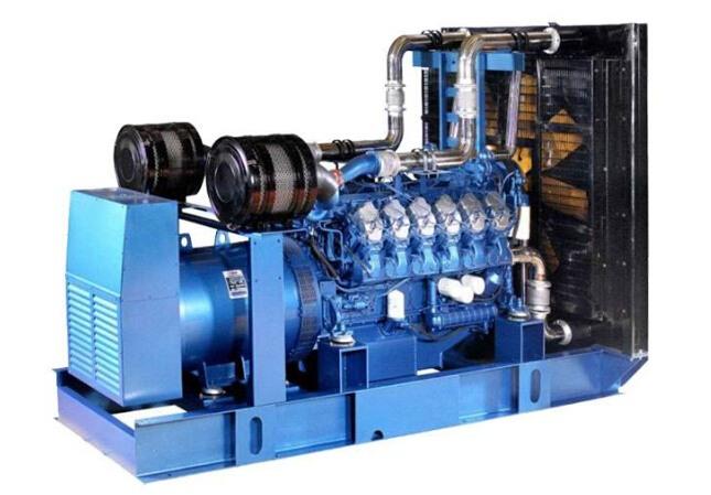 潮州二手康明斯30kw小型柴油发电机组